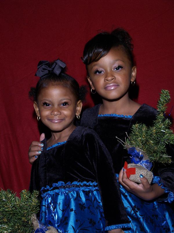 SEASONS GREETINGS FROM SINGER LIL MO'S DAUGHTERS