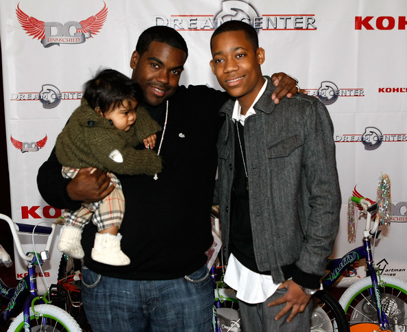 RODNEY JERKINS JR. COMES OUT WITH HIS DADDY