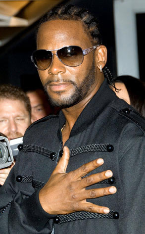 R KELLY AND WIFE DIVORCE; SHARE CUSTODY OF KIDS