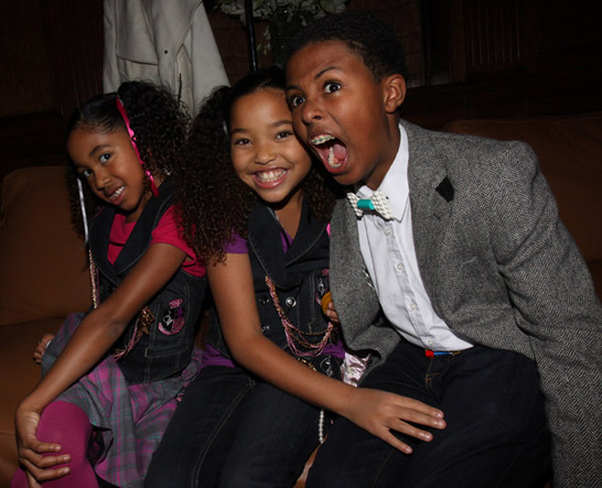 Diggy Simmons And His Sisters A DOUBLE TAKE: MORE PI...