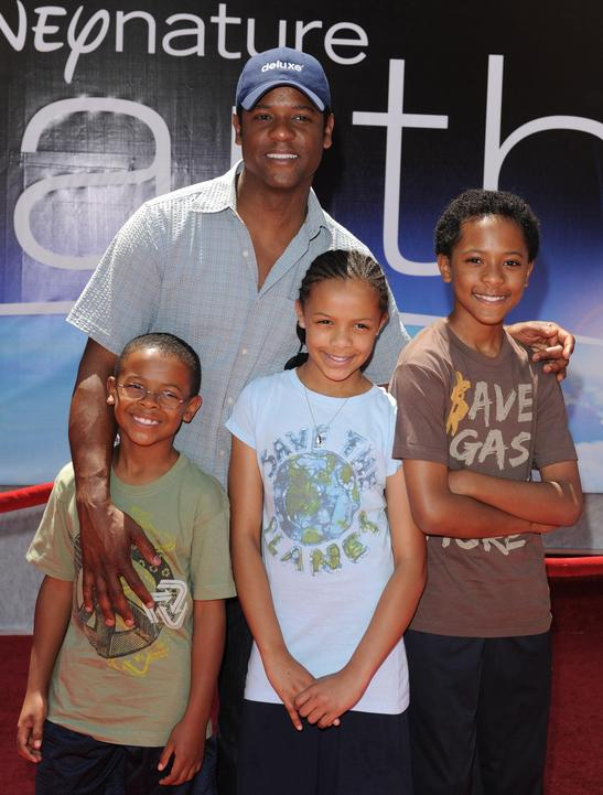 BLAIR UNDERWOOD AND HIS KIDS ATTEND EARTH MOVIE PREMIERE