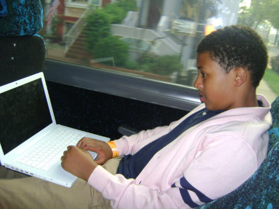 """DIGGY SIMMONS IS """"D.C. CHILLIN""""+ PICS OF RUSSY, TOO"""