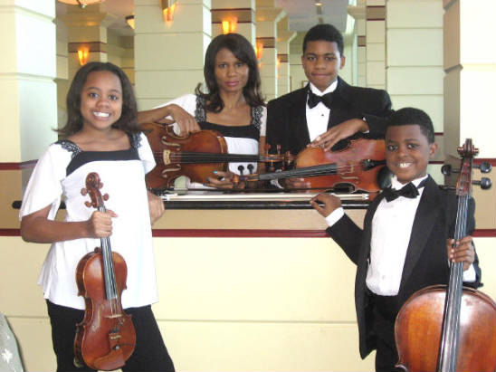 UPCOMING: THE ELLIOTT FAMILY QUARTET: MAKING BEAUTIFUL MUSIC TOGETHER