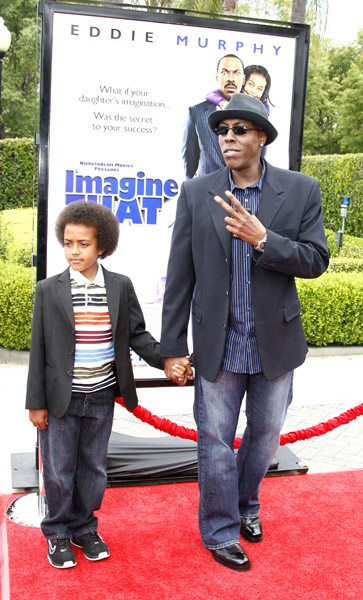 "ARSENIO HALL AND SON ATTEND ""IMAGINE THAT"" PREMIERE"