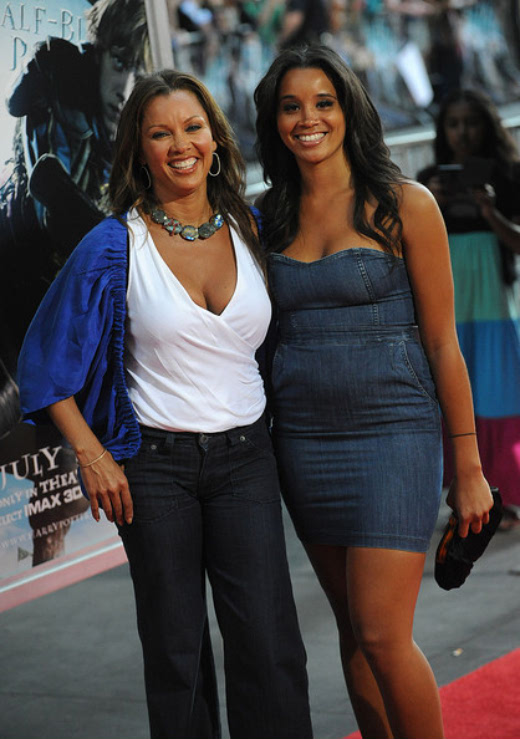 Vanessa with her daughter Sarah Gabriella Fox