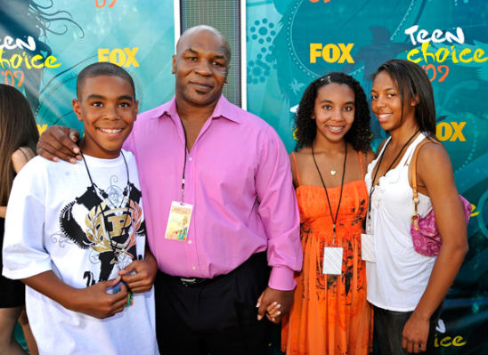 Mike Tyson And Kids Attend Teen Choice Awards 2009