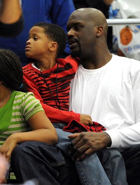 Chris paul shaquille o 39 neal and kids are bench warmers for Shaquille o neal s home