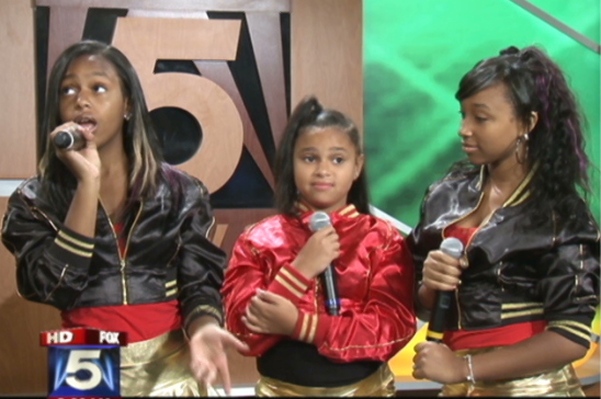 THE OMG GIRLZ PERFORM SONG