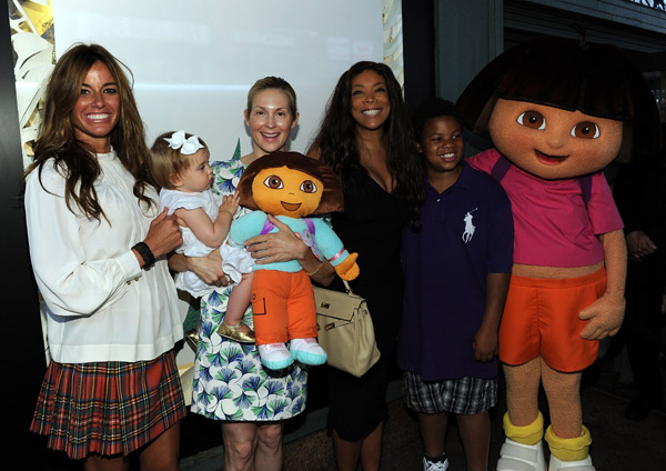 WENDY WILLIAMS AND SON KEVIN JR. 'KICK' IT WITH DORA