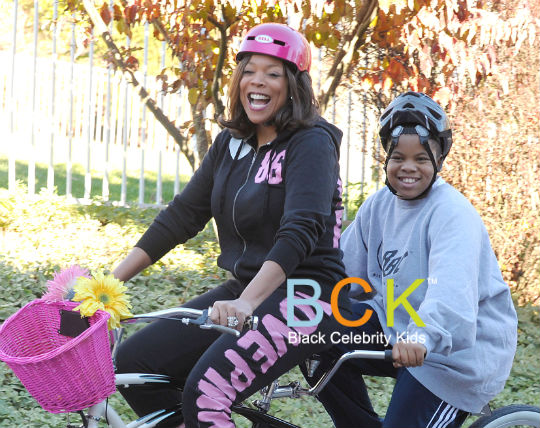 MOMMY & ME: WENDY WILLIAMS AND HER SON GO FOR A BIKE RIDE