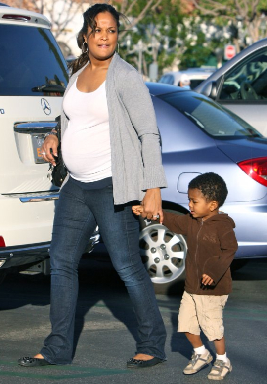 """LAILA ALI: """"I AM 30 WEEKS AND MY BUTT IS BIGGER THAN EVER"""""""