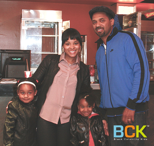 MIKE EPPS AND FAMILY: MARS NEEDS MOMS PREMIERE