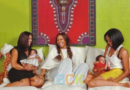 erykah badu talks traditional childbirth and prenatal care