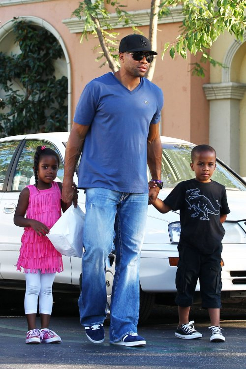 Photos Derek Fisher Gives His Kids A Movie Treat