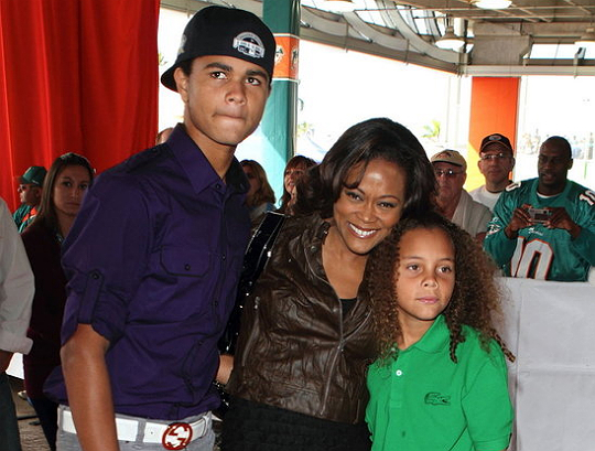 ROBIN GIVENS ON BEING A MOM