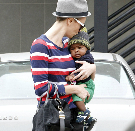 SPOTTED: CHARLIZE THERON, SEAL, ALONZO MOURNING AND KIDS