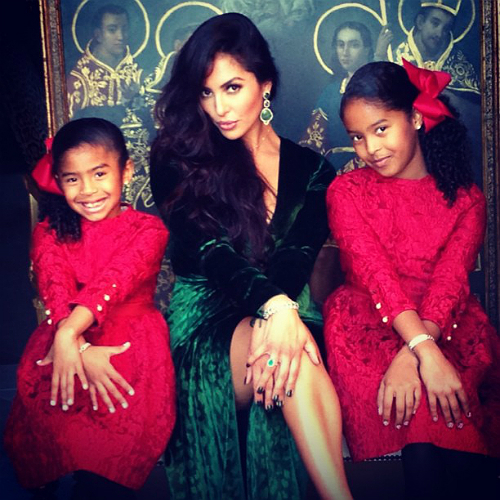 It Was A Formal Christmas For The Bryant Family Who Took Pictures In Their Best Clothes Vanessa Along With Daughters Natalia And Gianna Gave Several Poses