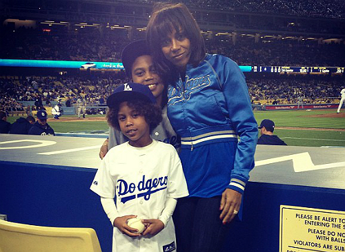 on sale f3b40 072d0 THE PEETES HONOR 'JACKIE ROBINSON DAY'