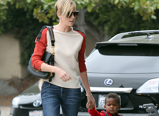 FFN_Theron_Charlize_TRICKY_092013_5121275598