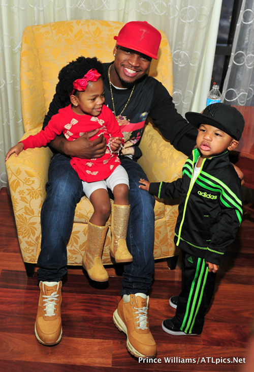 DADDY DO-GOODER: NE-YO SPREADS HOLIDAY CHEER TO HUNDREDS ...