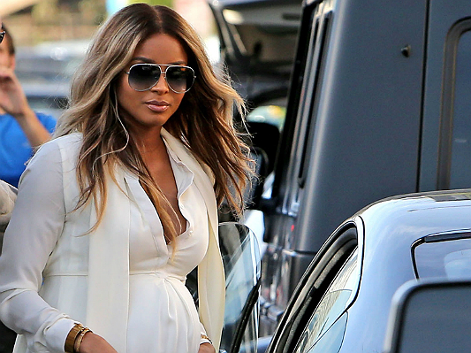 FFN_Kardashian_Ciara_STPRCP_021214_513284656