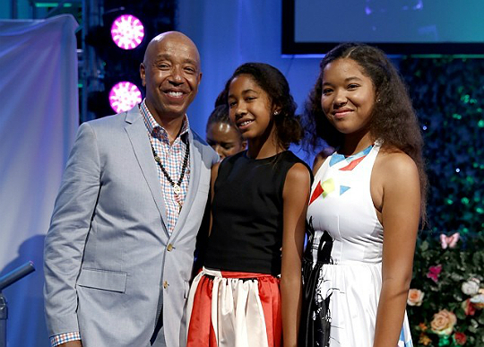 """RUSSELL SIMMONS WANTS HIS DAUGHTERS TO BE """"MONEY WOMEN"""""""