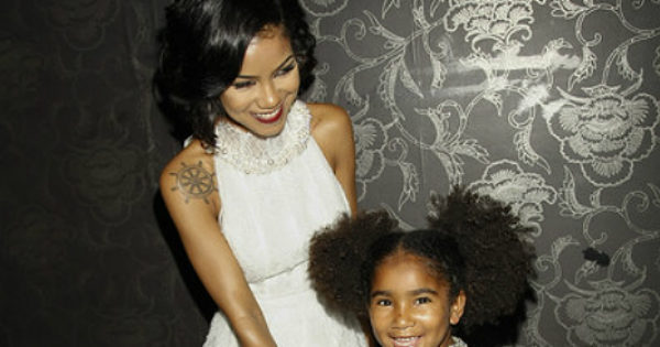 JHENE AIKO CELEBRATES GRAMMY NOMINATION WITH DAUGHTER