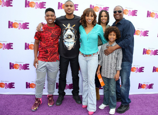 Holly Robinson-Peete and the family