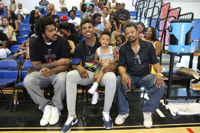 Family photo of the athlete famous for Washington Wizards, Los Angeles Lakers and Golden State Warriors.
