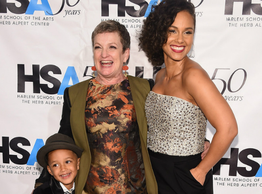 alicia single parents Alicia keys got political on alicia performed a few bars of her new single blended family parents vent their fury at scene from new kids.
