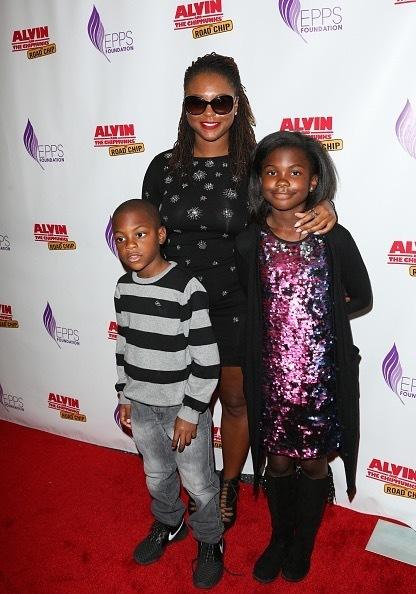 Actress/comedian Torrei Hart and kids