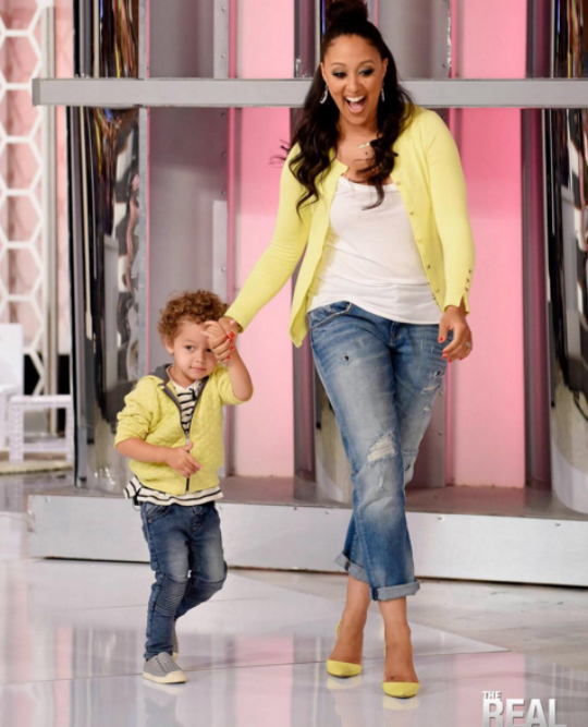 TV WATCH ITS A MOMMY AND ME FASHION SHOW ON THE REAL