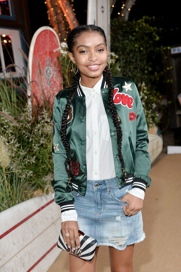 SEVERAL YOUNG STARS NAIL FASHION LOOKS AT VOGUE PARTY