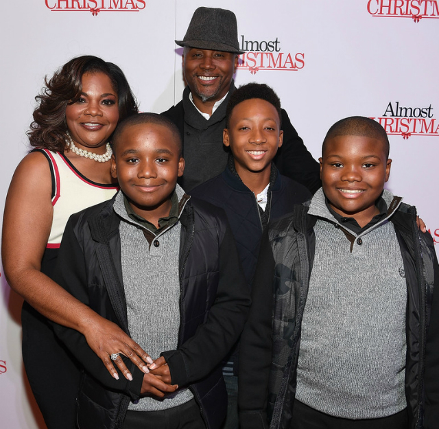 MO'NIQUE AND FAMILY ATTEND 'ALMOST CHRISTMAS' SCREENING