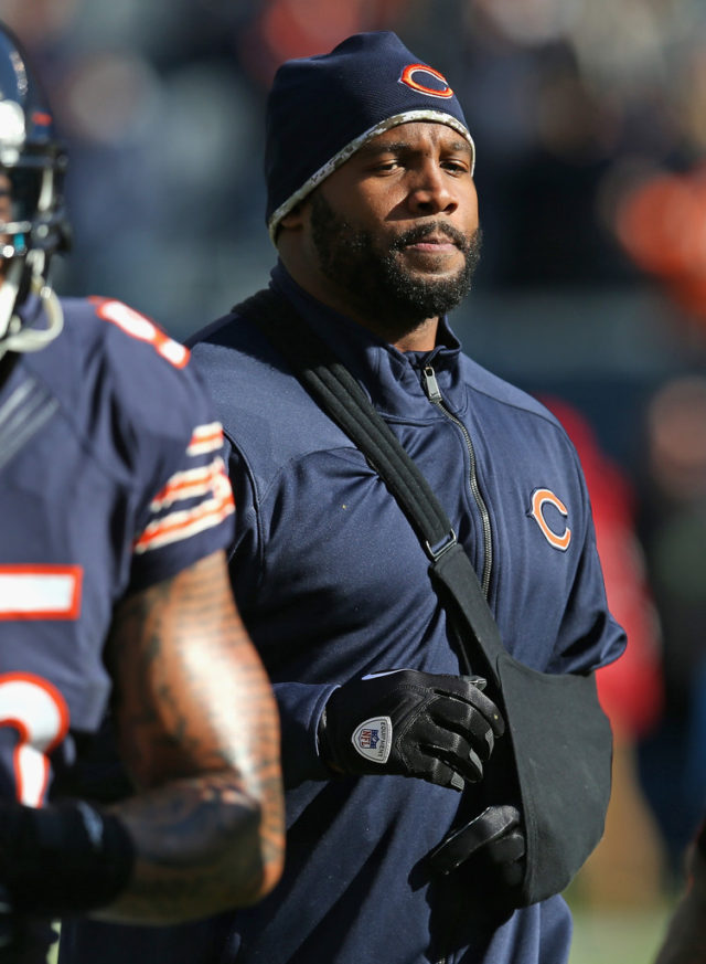 LANCE BRIGGS UNDER FIRE FOR UNPAID CHILD SUPPORT