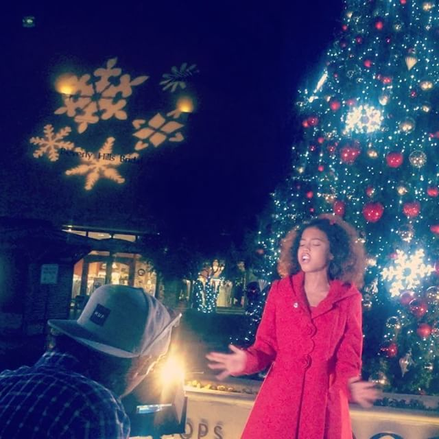 ASIA MONET COVERS 'THIS CHRISTMAS' TO KICK-OFF THE