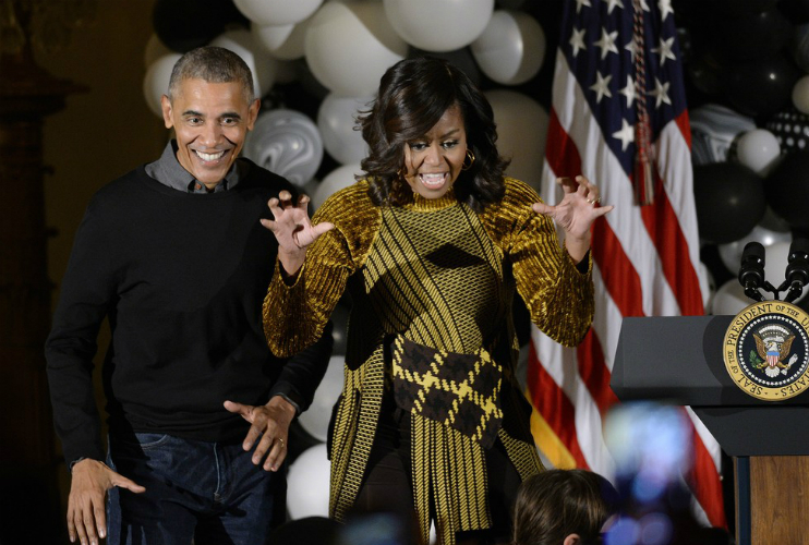 PRESIDENT OBAMA MEETS LOOK-A-LIKE, DOES 'THRILLER' DANCE AT WHITE ...