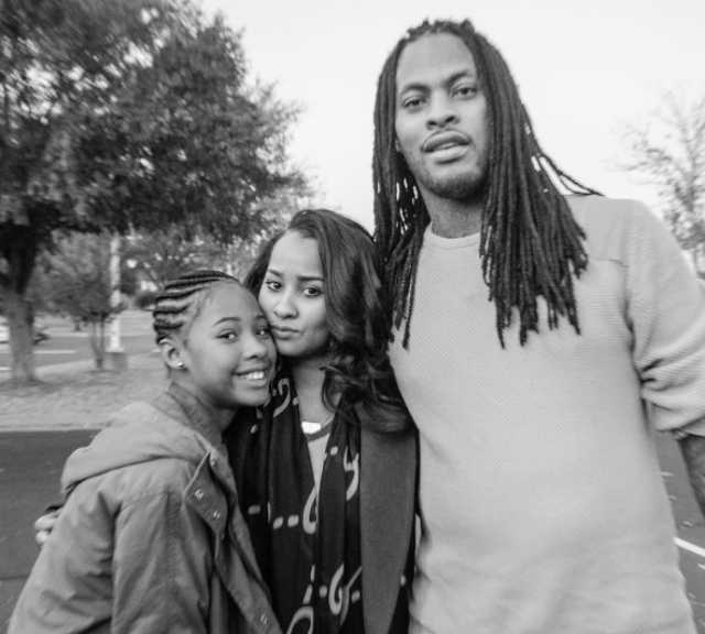 WAKA FLOCKA FLAME AND THE FAMILY GIVE BACK FOR THE HOLIDAYS
