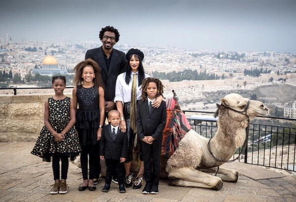 Amare Stoudemire and family celebrate Christmas in Jerusalem.
