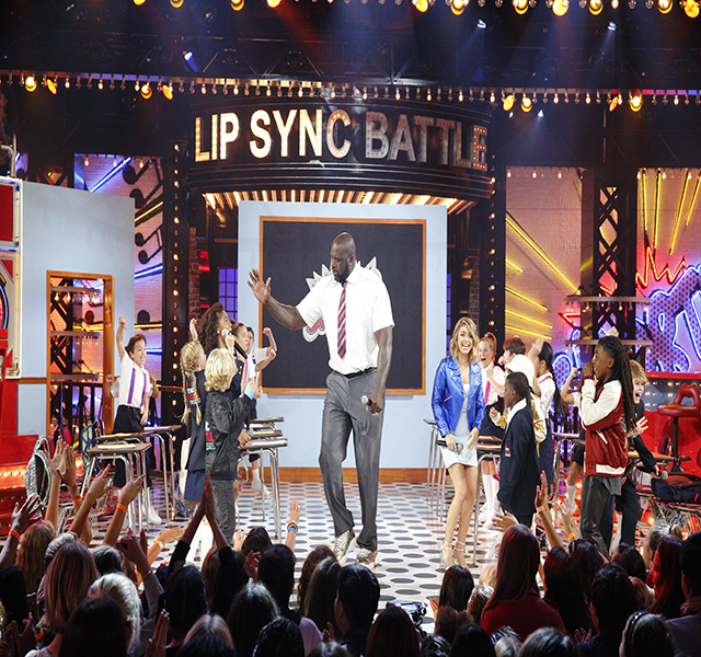 Episode 101 - Pictured:  Lil Dee Dee, DJ Livia, Vallon Deville, Artyon Celestine, Merrick Hanna, Kyndall Harris, Sarah Thompson, Sarah Hyland, and Shaq in LIP SYNC BATTLE SHORTIES on NICKELODEON. Photo Credit: Trae Patton/Nickelodeon  (C) 2016 Viacom, International, Inc. All Rights Reserved.