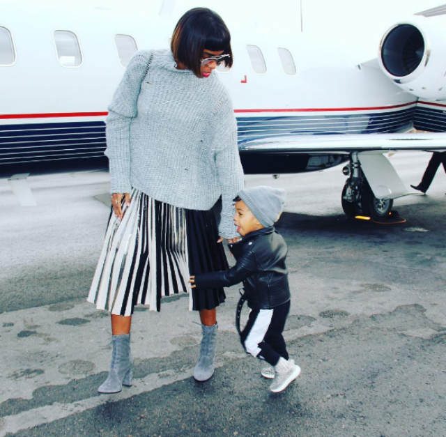 KELLY ROWLAND AND HER MINI JETSETTER