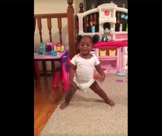 ONE-YEAR-OLD GOES VIRAL DANCING AND SINGING TO 'GO GET IT' BY MARY MARY