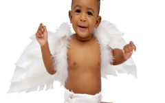 child_baby_wings_angel_black_25627_2560x1600