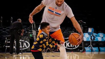Pj Rose has practice session with dad Derrick Rose.