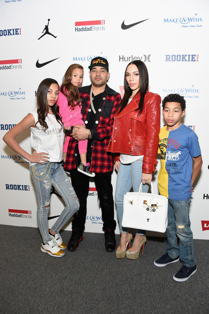 DJ Envy and the family give photographers several good shots.