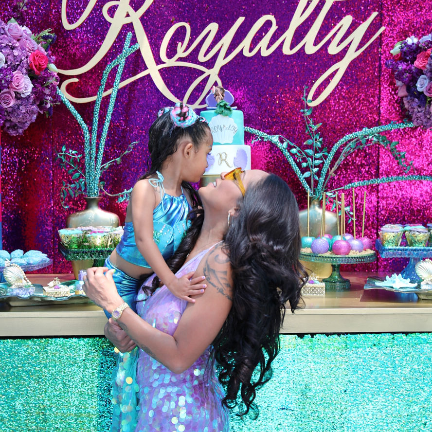 nia guzman throws daughter royalty brown a lavish birthday. Black Bedroom Furniture Sets. Home Design Ideas