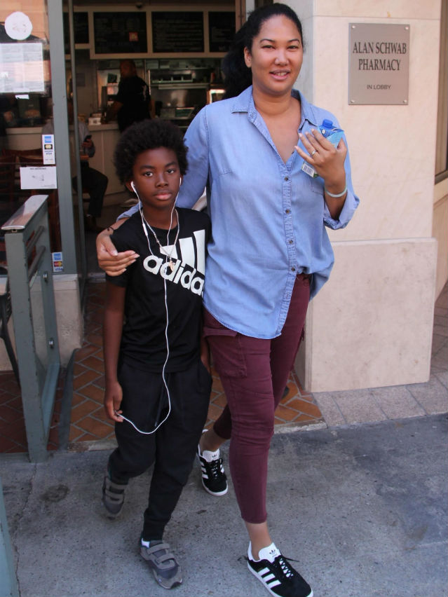 SPOTTED: KIMORA LEE SIMMONS SPENDS THE DAY WITH HER ...
