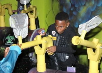 KEVIN HART AND TORREI HART'S SON TURNS 10!