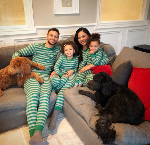 THE CHRISTMAS ROUNDUP: SEE HOW YOUR FAVORITE STARS CELEBRATED