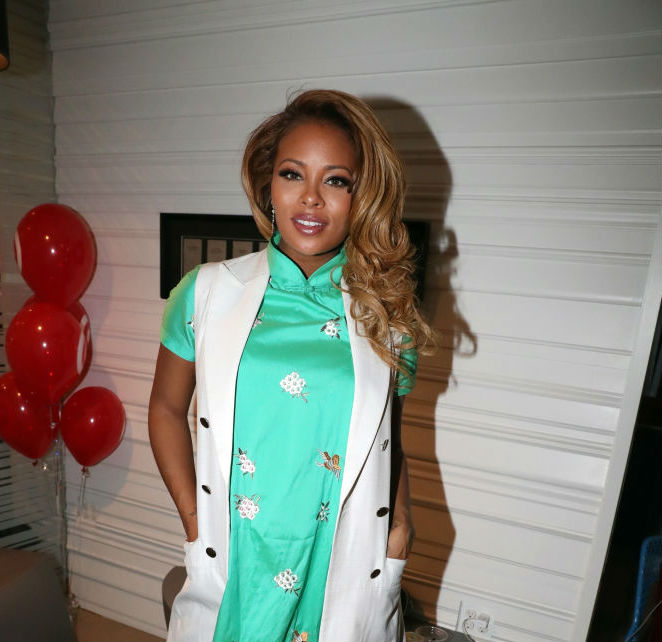 EVA MARCILLE BUMPS AROUND URBAN SKIN RX LAUNCH, GIVES THE SCOOP ON PREGNANCY